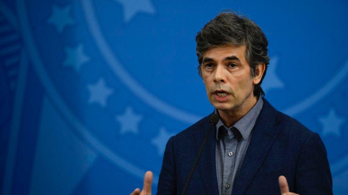 Novo ministro da Saúde defende testagem da população para covid-19
