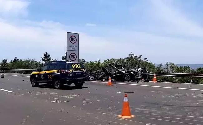 Acidente mata casal de empresários gramadenses na  Freeway