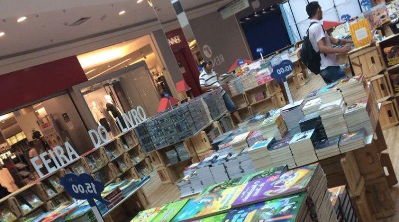 feira do livro no JundiaíShopping