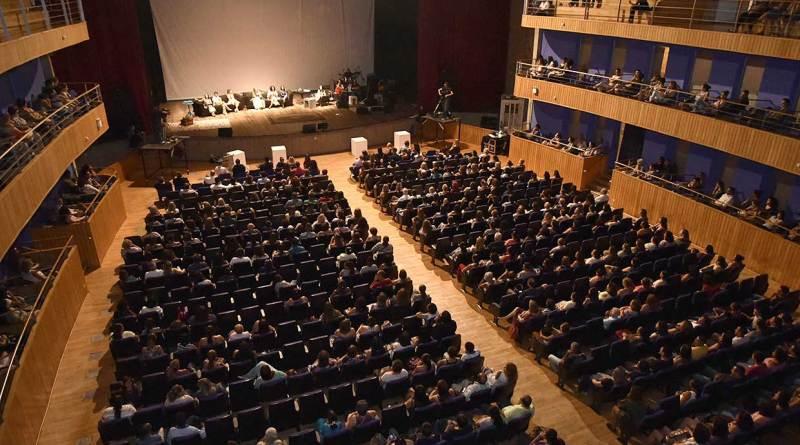 programação de setembro do teatro polytheama