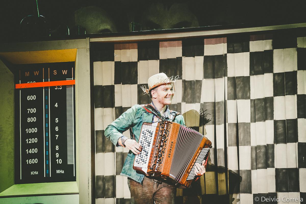 """Michel Teló volta aos palcos em """"Bem Sertanejo - O Musical"""""""