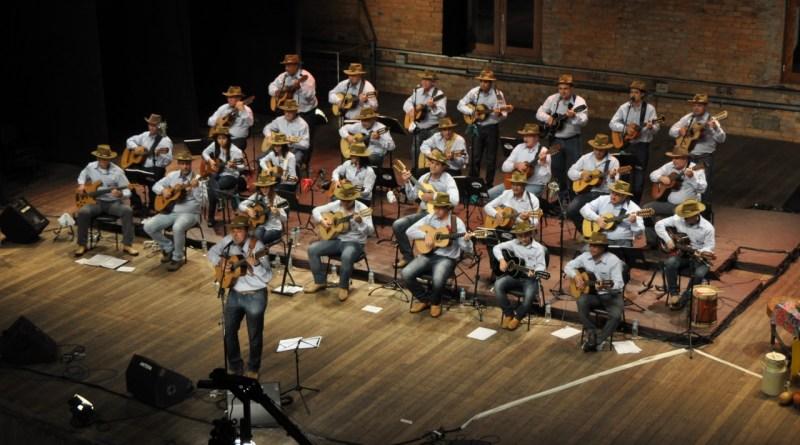 A Orquestra de Violeiros Terra da Uva recebeu nesta sexta (28) o título de Ponto da Cultura