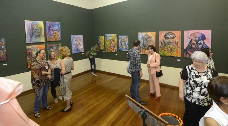 Novas exposições estreiam na Pinacoteca nesta quarta (31)
