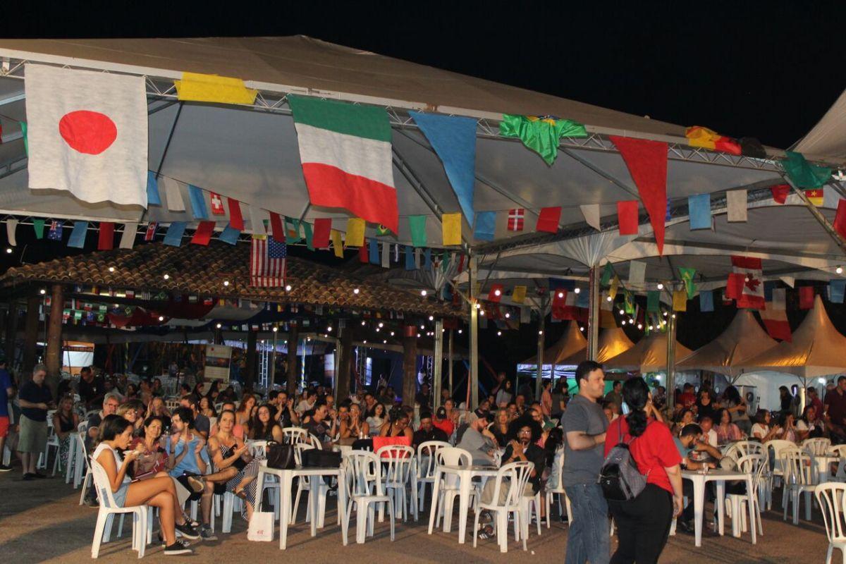 Festa das Nações de Vinhedo chega a seu último final de semana