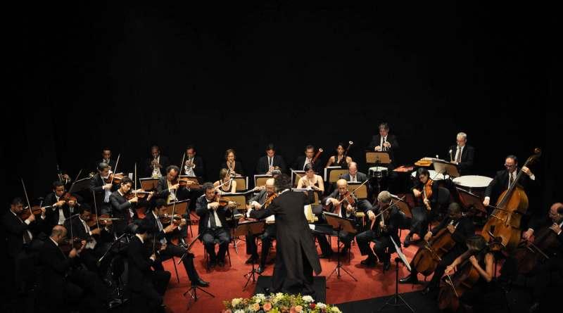 Orquestra Fibra no Concertos Astra-Finamax