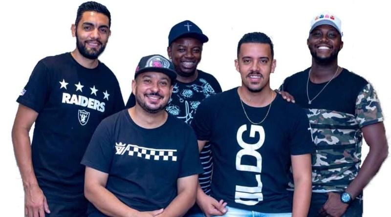 Grupo Duro na Queda se apresenta no evento Resenha do Samba
