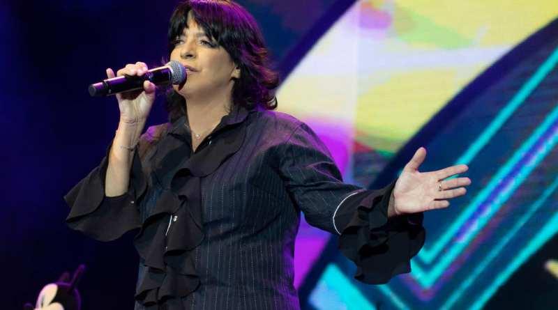 Vânia Evans detalha a volta ao palco de Carpenters – O Musical