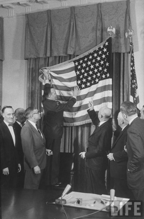 American_Flag_12