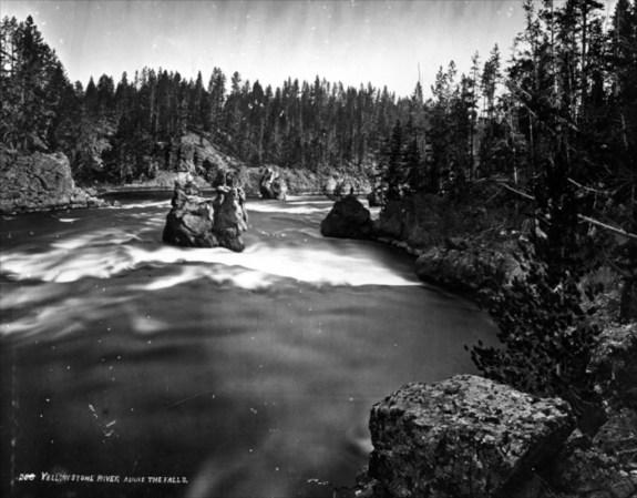 Yellowstone_1890_2