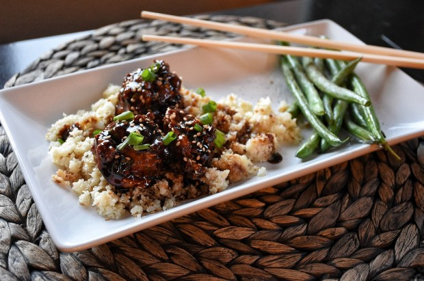 Paleo Asian Meatballs with Cauliflower Rice