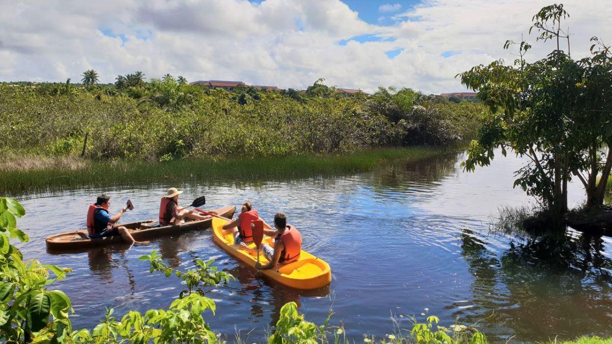 Viagem com Amigos - Kayak