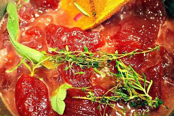 how to make a cranberry glaze for turkey