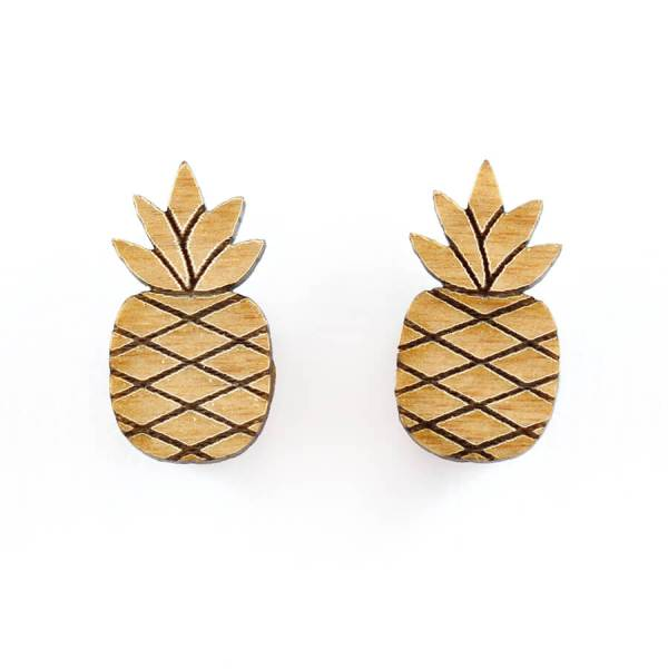 Acorn and Squirrel Pineapple