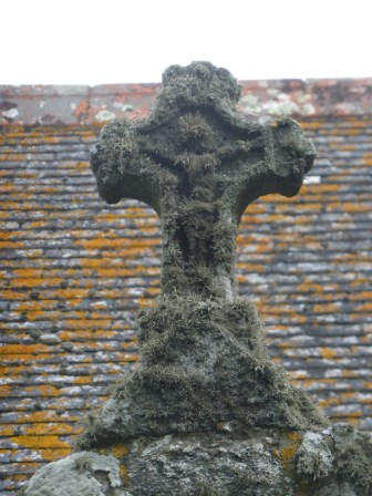 Germoe: crucifix over the porch