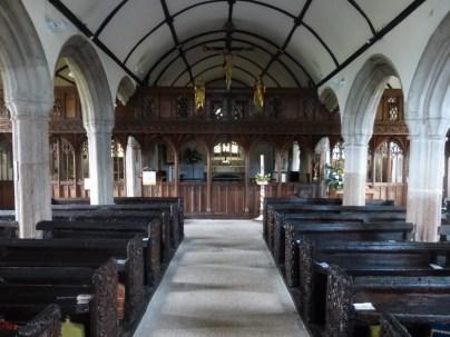 Mullion: the nave