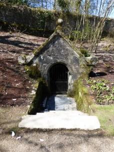 Lanhydrock: St Hydroc's well
