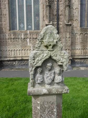 Launceston St Mary: the lantern crosshead