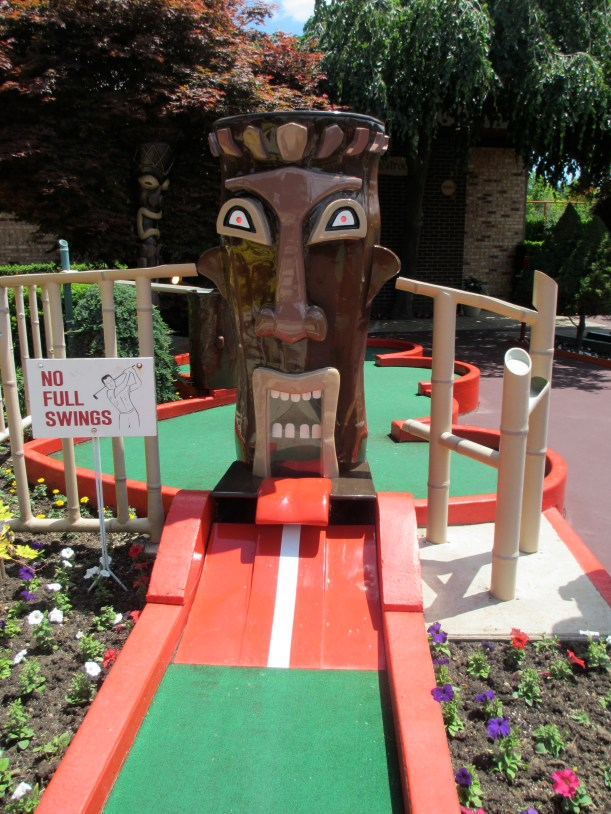 Hole 2 - Tiki Love