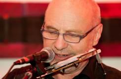 Rainer Arnold Harp Gitarre akustisch