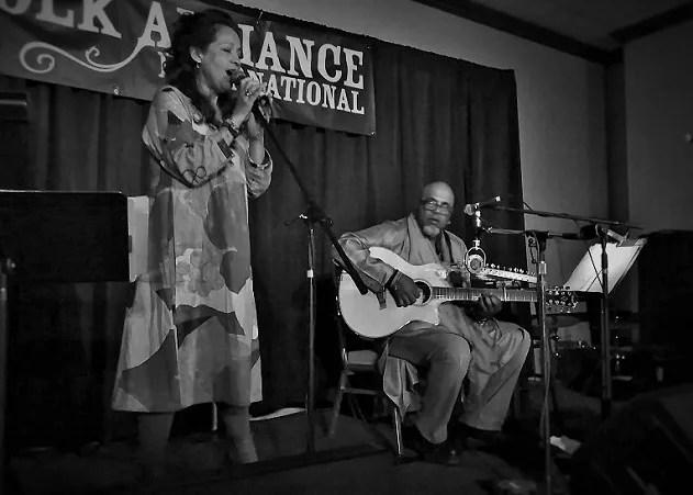 Folk Alliance International, Perla Batalla