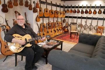 Steve Uhrik of Retrofret Vintage Guitars