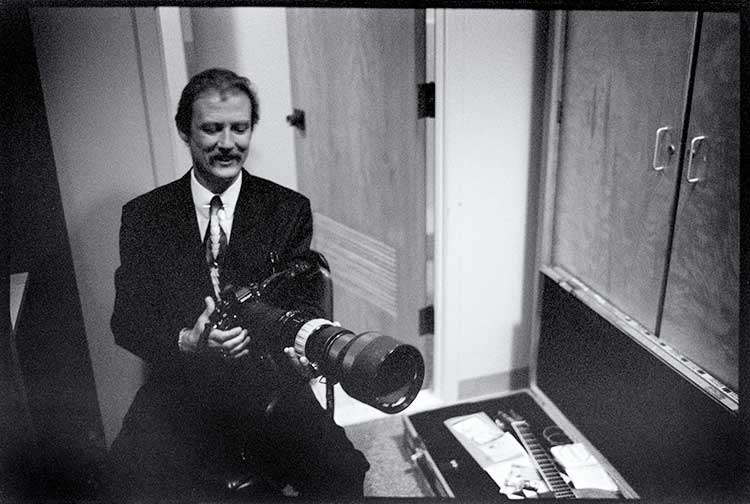 Tony Rice with a 400mm Nikkor-Q and F3hp body belonging to Jeromie B. Stephens.
