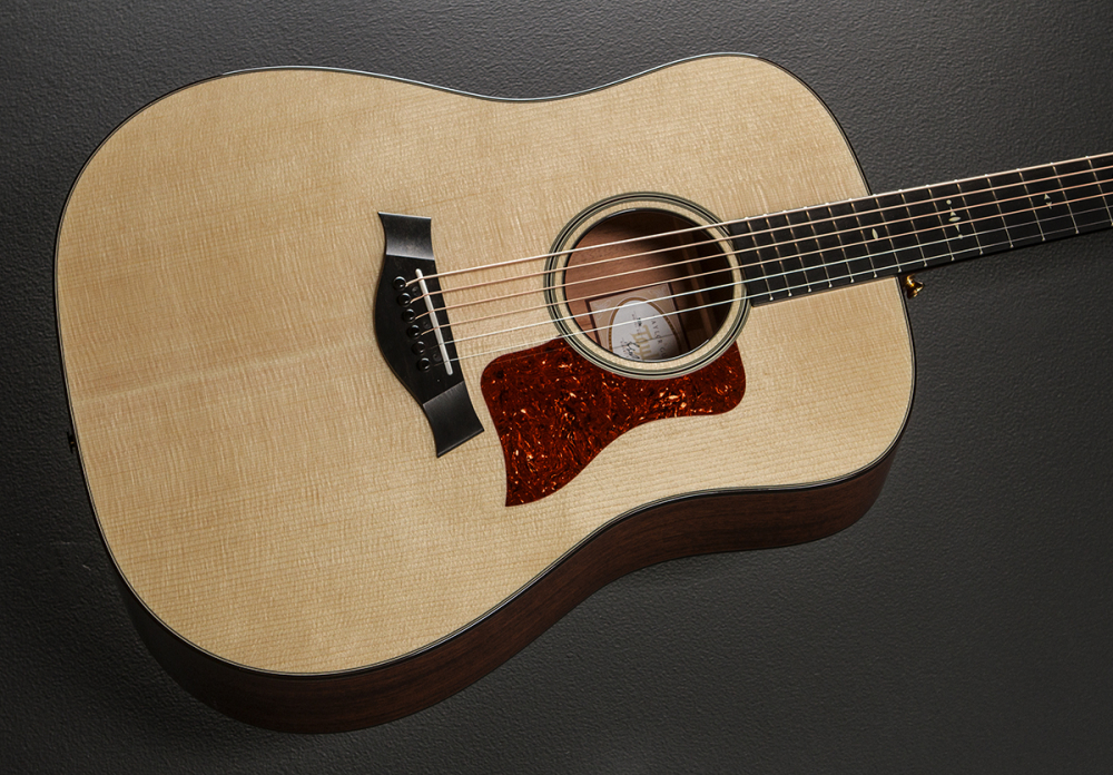 know your gear four acoustic guitar myths debunked acoustic guitar. Black Bedroom Furniture Sets. Home Design Ideas