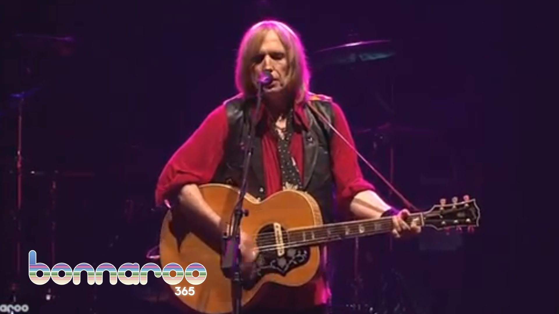 Throwback Thursday Tom Petty Plays Learning To Fly Acoustic