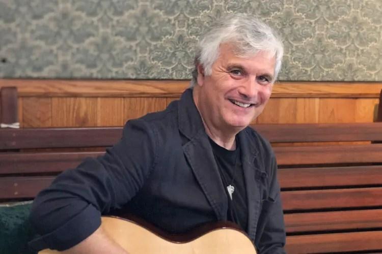 Laurence Juber