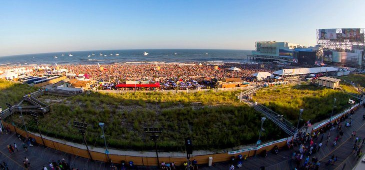 Local Business Sees Little Benefit in Atlantic City Beach Concerts