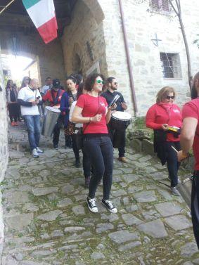Drums for Peace per i vicoli del castello