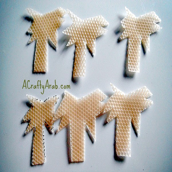 ACraftyArab {Palm Tree} Cookie Cutter Candle Tutorial