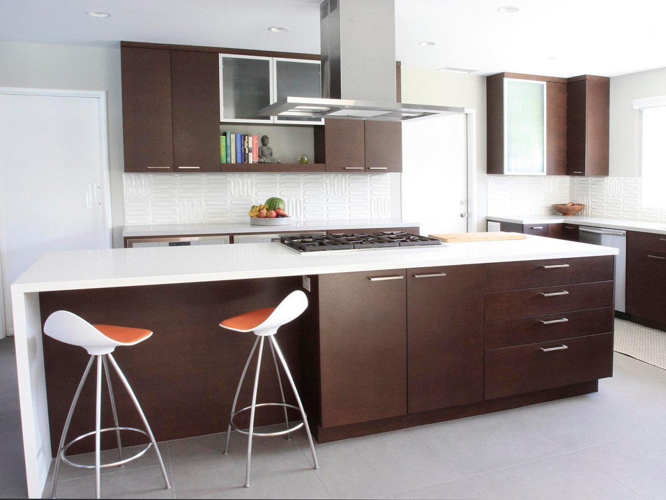 Matte Facade Kitchen Furniture with Acrylic Countertop