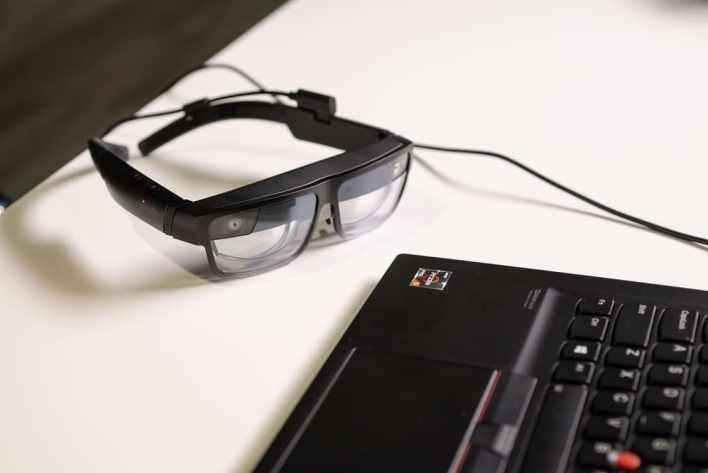 Lenovo представляет ThinkReality A3 – умные очки для работы