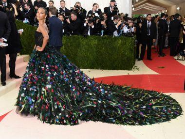 Zoe Saldana in Dolce and Gabbana