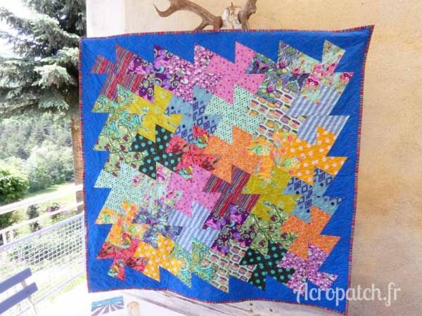 Acropatch-Panneau mural-Twisting_pinwheels-Motif-Quilting-Splash-fil-multicolore