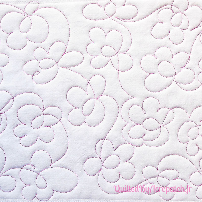 Acropatch-Motif-Quilting-PAQUERETTE-Sampler 3