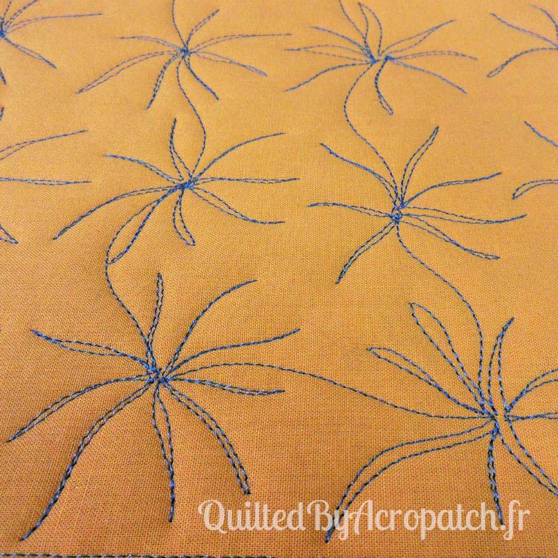 Acropatch-Motif-Quilting-TENTACULE-Sampler-fil-uni-gris (5)