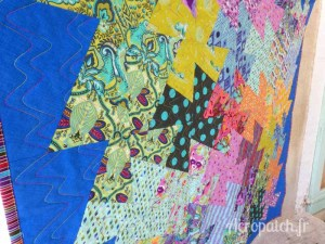 Acropatch-motif-quilting-SPLASH-vertical-panneau-mural-fil-multicolore