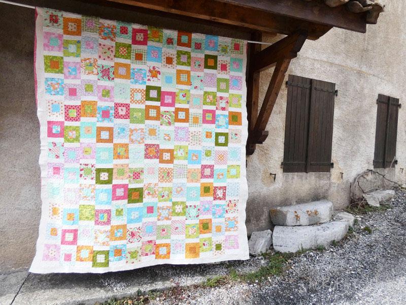 Couvre-lit-Motif-Quilting-DAISY-fil-multicolore-pastel