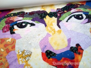 Tableau-Textile-Portrait-Frida-Kalho-Motif-Quilting-Vague-fil-transparent-pendant le quiltage