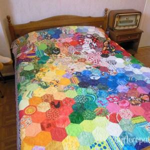 Acropatch-Couvre-lit 2 places-Motif-Quilting-Coeur-fil-uni-vert anis-Vue sur un lit en 140 cm