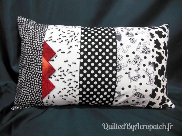 Acropatch-Housse-coussin-Rectangle-noir-blanc-C364R