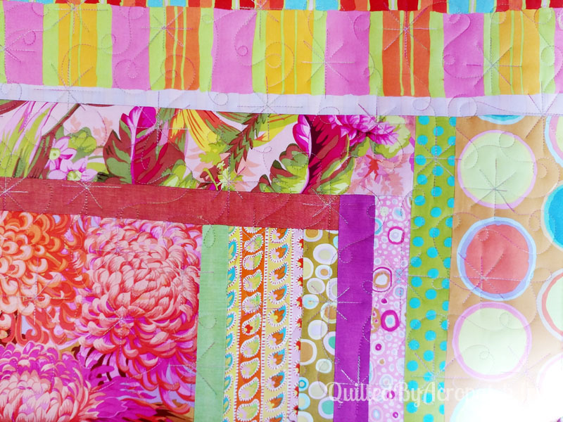 Centre-de-table-Peps-Motif-Quilting-Etoile_filante-fil-multicolore-portion après le quiltage