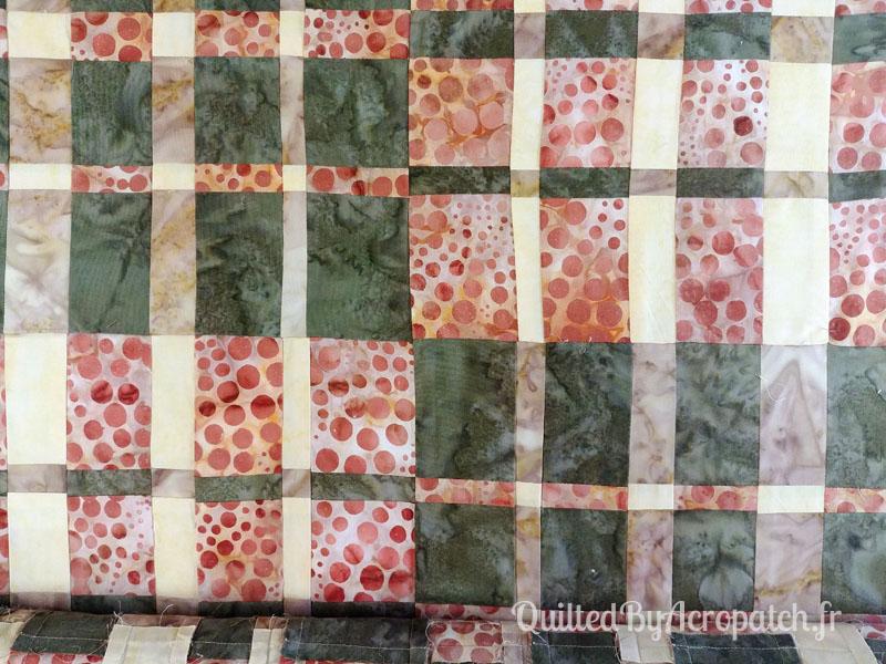 Panneau-Mural-Convergence-Motif-Quilting-Bourgeon-Fil-uni-couleur-citrouille-110x120cm-Portion avant le matelassage