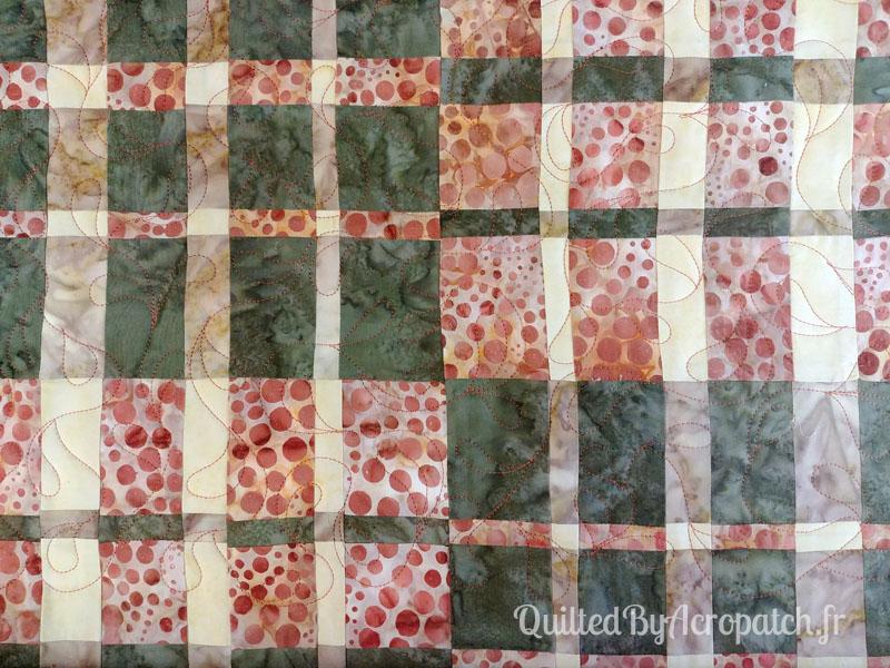 Panneau-Mural-Convergence-Motif-Quilting-Bourgeon-Fil-uni-couleur-citrouille-110x120cm-Portion après le matelassage