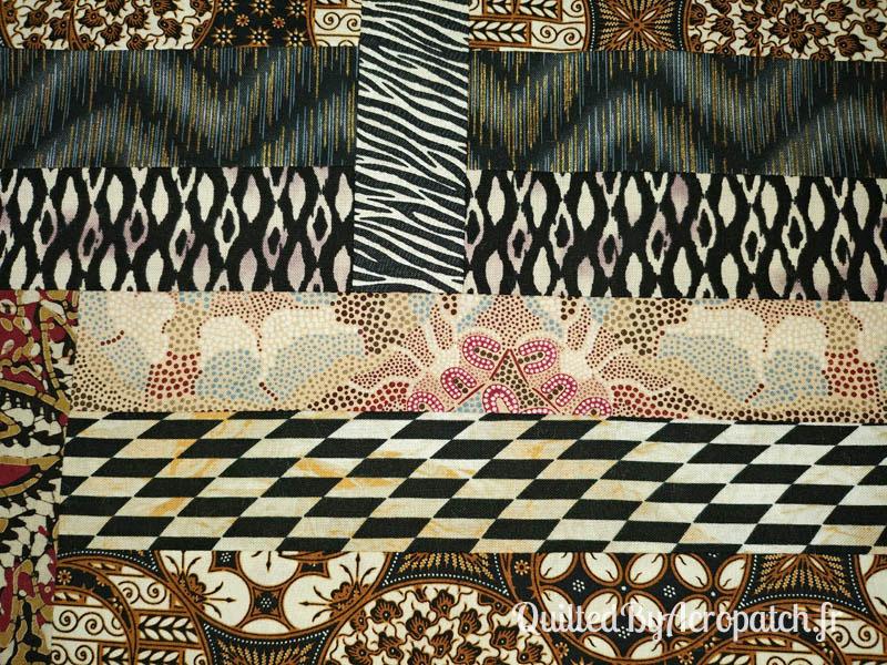 Centre-de-table-Motif-Quilting-Flamme-Tissu-aborigène-Fil-uni-doré-114x61cm-Portion avant le quiltage