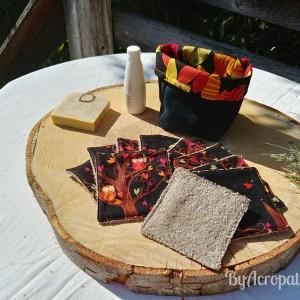 Pochon-lingette-lavable-chouettes-feuilles-automne-fond-noir-PL115