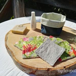 Pochon-lingette-lavable-fleur-tête-de-femme-fond-vert-anis-PL114
