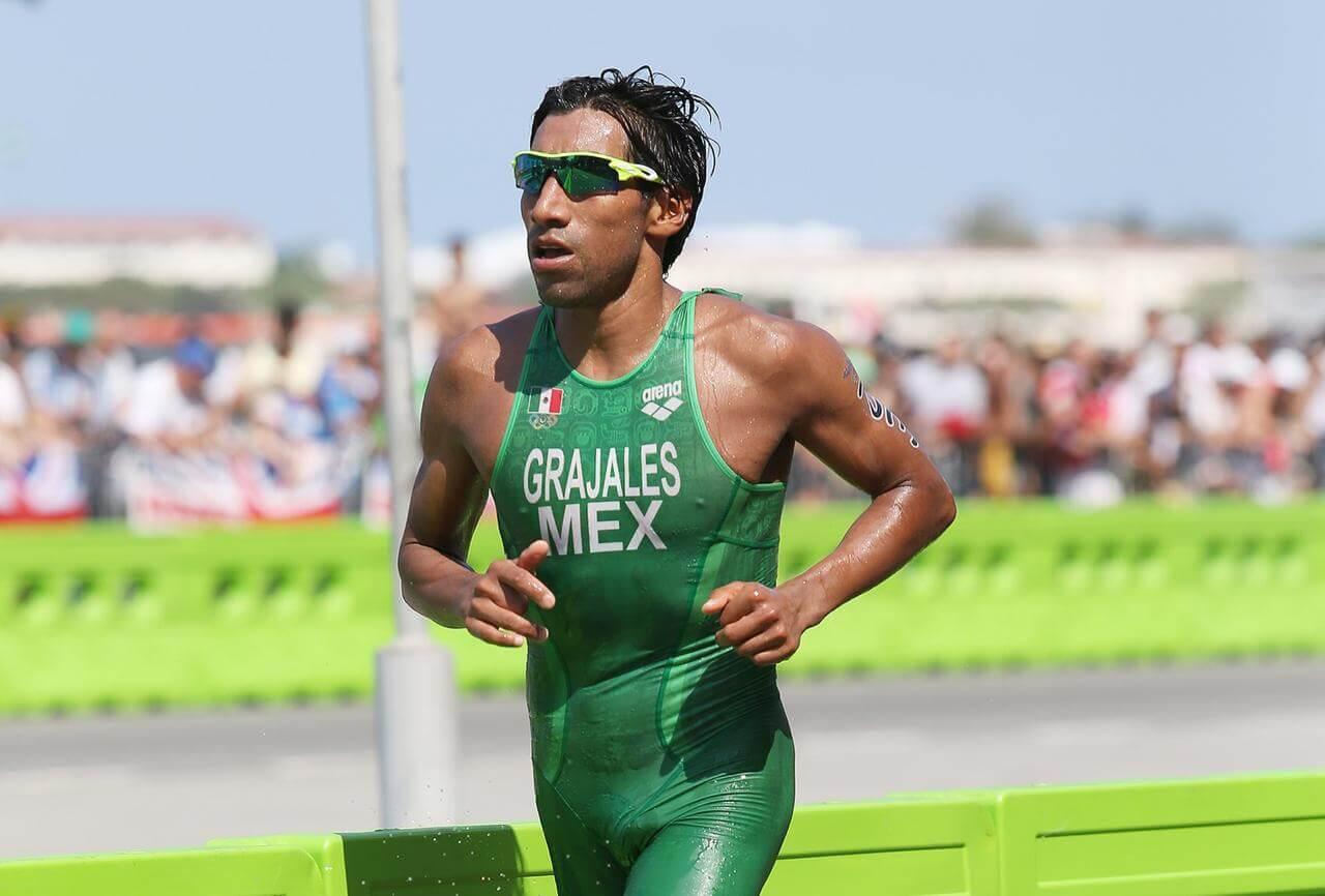 El triatleta internacional veracruzano Crisanto Grajales Valencia se dijo contento por haber sido elegido por la Federación Mexicana de Triatlón para representar al país en los próximos Juegos Panamericanos de Lima, Perú este año.